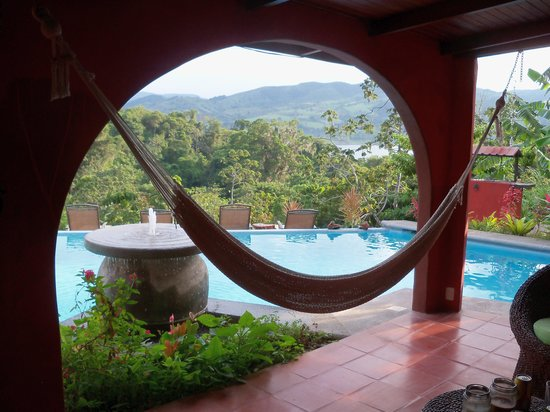 Toad Hall Hotel Arenal: Our Hacienda porch