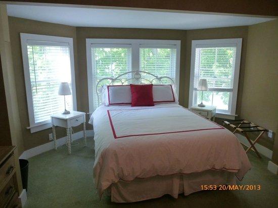 Candlelite Inn, Room #4