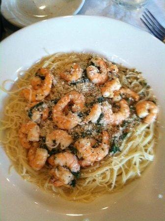 Charlie's Italian Restaurant & Pizzeria: Shrimp Penne