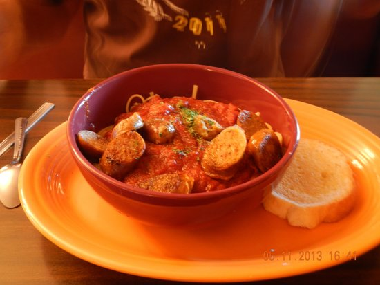 Helen's Pancake & Steak House: pasta and sausage