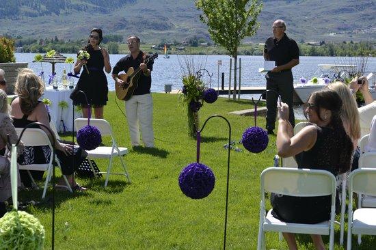 Walnut Beach Resort: Wedding Ceremony