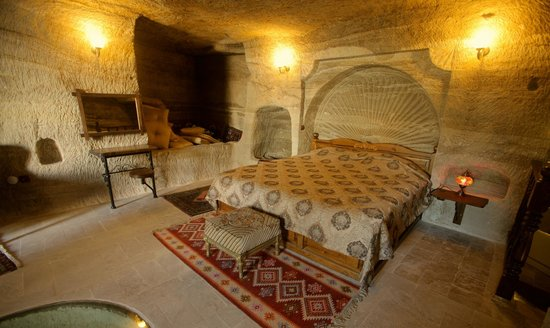 Chelebi Cave House: Room