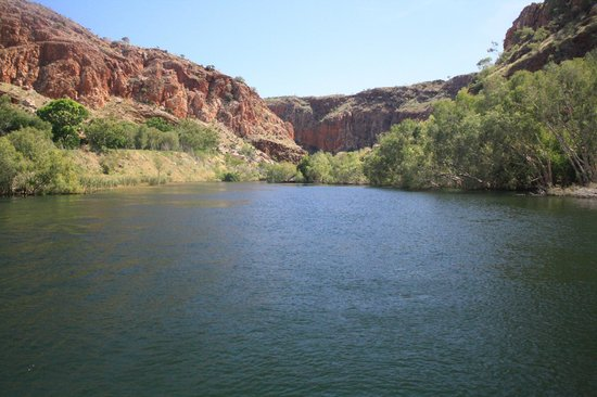 Lake Argyle Cruises: Just one of the views!