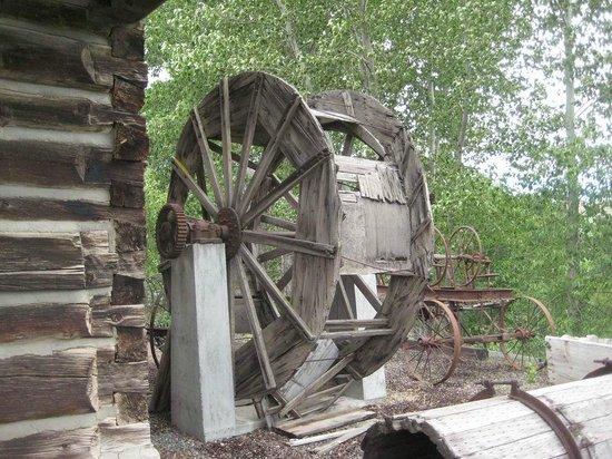 Balch Hotel: Mill at Dufur, OR Historical Museum