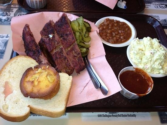 Big Daddy's Barbecue: Good Texas Smoked BBQ