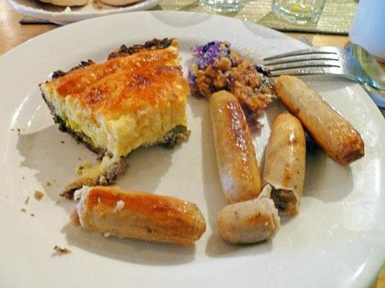 Greenleaf Inn at Boothbay Harbor: mushroom crusted cheese strata with sausage