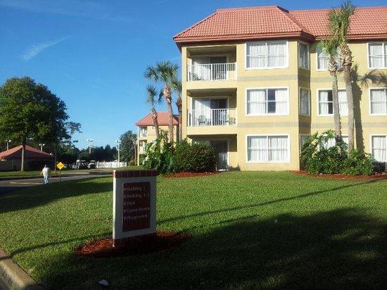 Parc Corniche Condominium Resort Hotel: Apartamentos