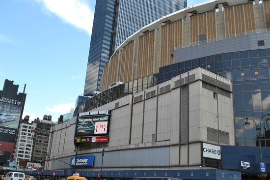 Exterior Of Msg Picture Of Madison Square Garden New York City Tripadvisor