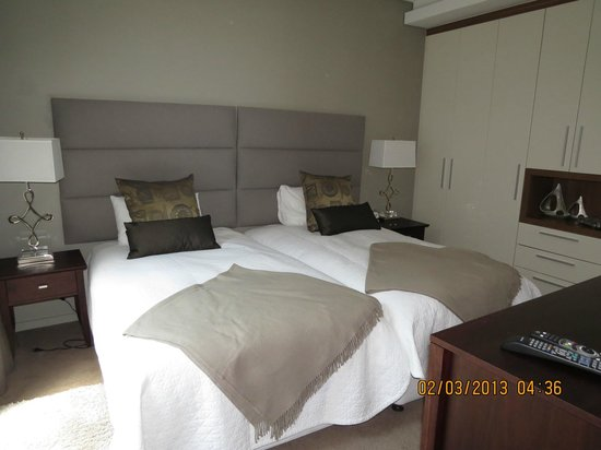 The Residences at Crystal Towers: Bedroom