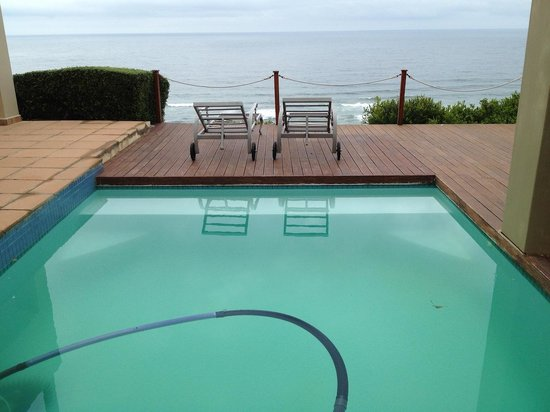 Brenton On Rocks Guesthouse: swimming pool with a view