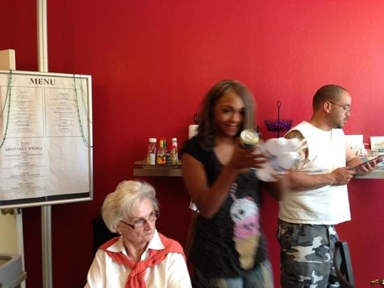 Scramblez Cafe: Lee Andra, Lee Esther's daughter