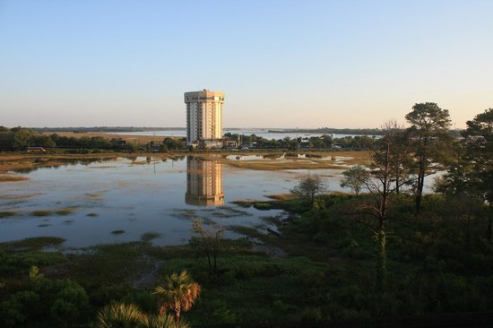 SpringHill Suites Charleston Downtown/Riverview: Another view from Balcony
