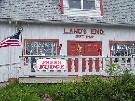 Land's End Gift Shop: the gift shop