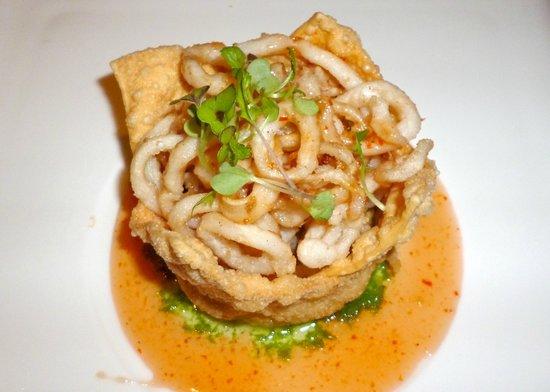Wild Mango Restaurant and Bar: tasty calamari appetiser