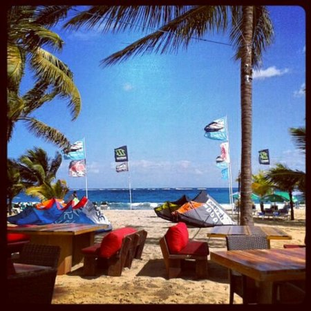 Front Loop Cabarete : Best place in Cabarete Beach