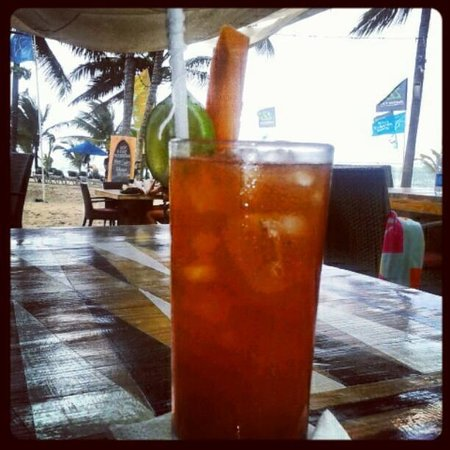 Front Loop Cabarete: The best bloody mary in Cabarete