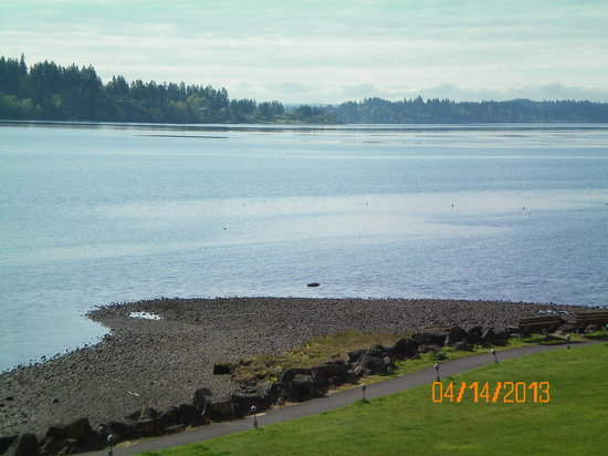 Best Western Plus Silverdale Beach Hotel: View from room.