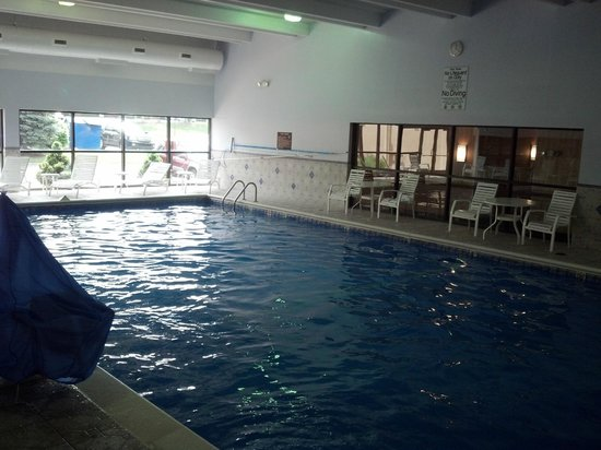 BEST WESTERN Hospitality Hotel & Suites: Pool