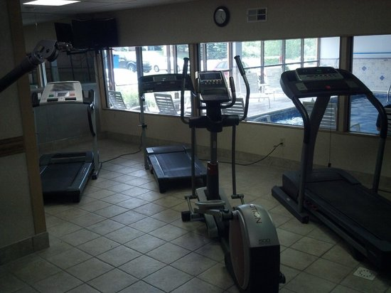 Best Western Hospitality Hotel & Suites : Exercise room