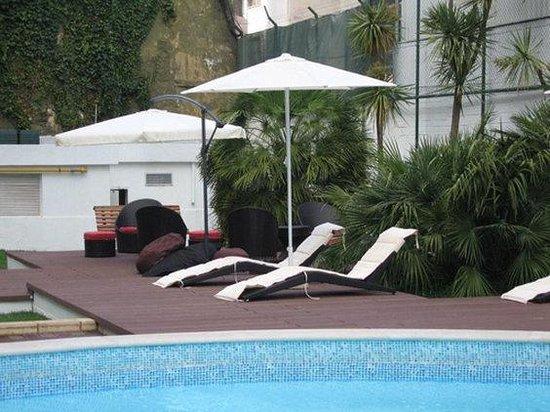 แคลเรียนสวีทส์ ลิสบอน: Pool View