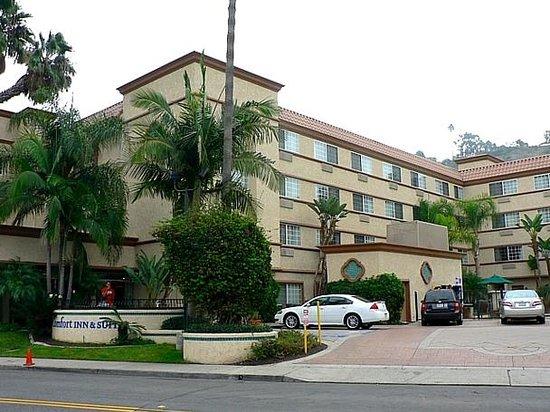Comfort Inn & Suites Zoo / SeaWorld Area: Exterior view 2