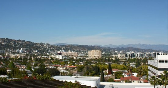 SIXTY Beverly Hills: rooftop view