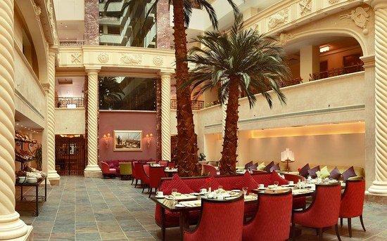 Sonesta Hotel, Tower & Casino Cairo: Patio Panorama
