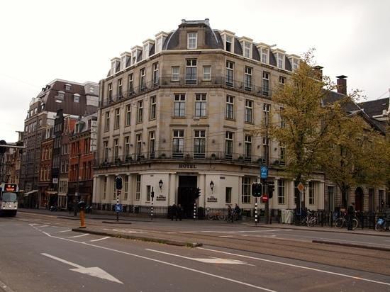 Banks Mansion Photo