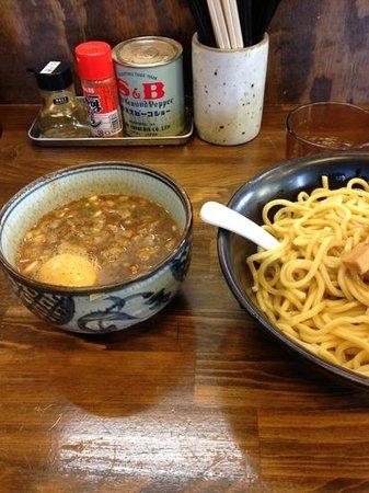 Akanedo