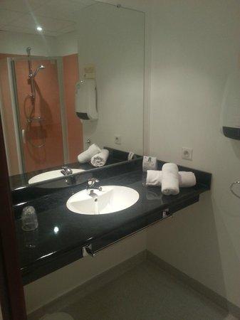 Plume Hotel: Salle de bains
