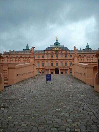 Rathaus Rastatt: Schloss Rastatt Innenhof (by B.W.)