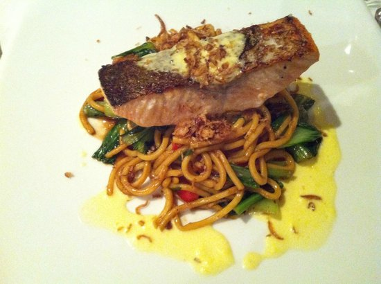 Majors Lane: Roasted salmon fillet, wok tossed Hokkein noodles
