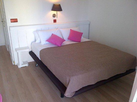 Hotel Solvi: habitacion