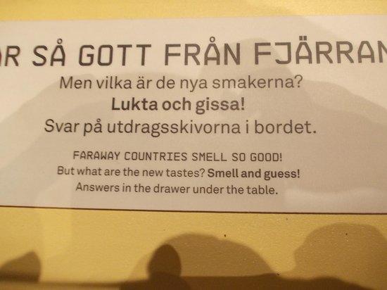 Musée de l'histoire de Suède : gioco nel museo: indovina dal profumo i prodotti coloniali del '700
