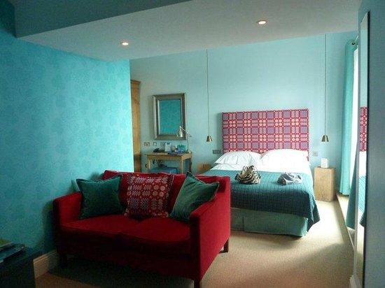 Harbourmaster Hotel: Stunning modern room