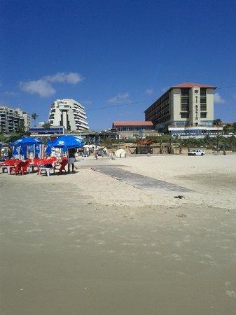 Dan Accadia Hotel Herzliya: hotel view