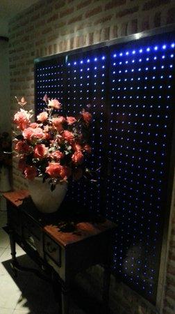 Hotel Mong : Hallway