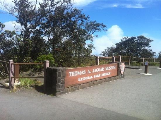 Kilauea Volcano: THOMAS A. JAGGER MUSEUM
