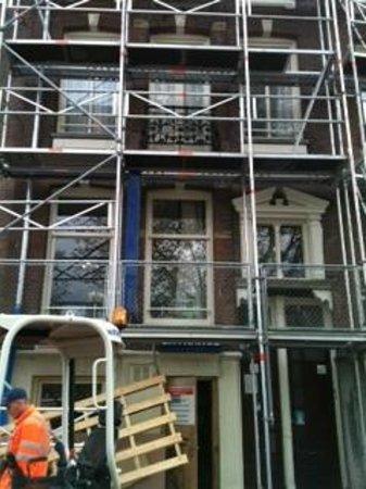 Kooyk Hotel : front scaffolding