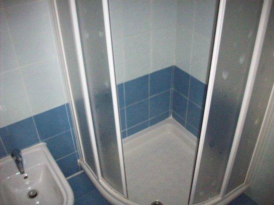Spa Hotel Parigi 2: bagno