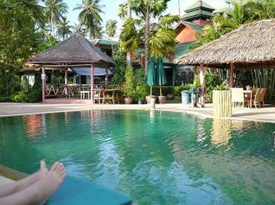 Friendship Beach Resort & Atmanjai Wellness Centre: pool