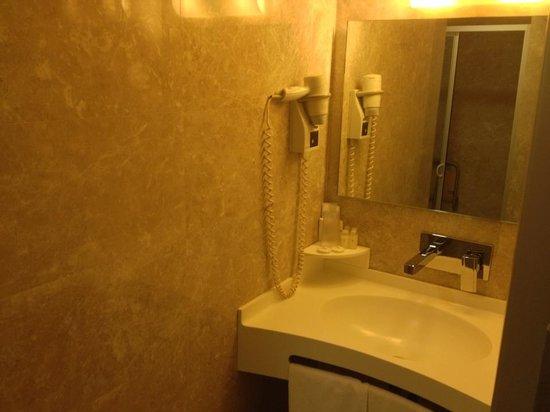 Riva Hotel: Bagno