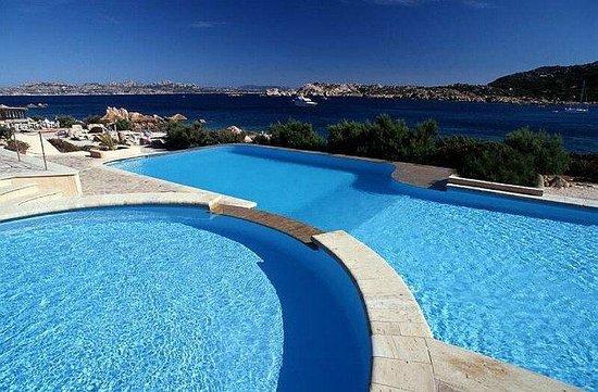 Hotel Cala Lunga: Pool