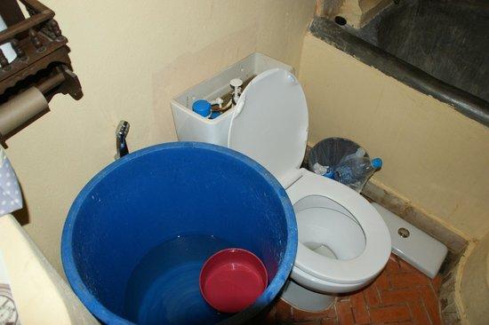 Nirvana Resort Koh Chang: Unsere Waschmöglichkeit für zwei Tage, nachdem das Wasser ausgefallen ist