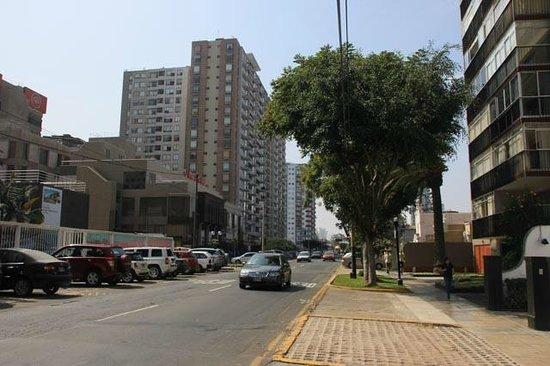 Quinta Miraflores Boutique Hotel: neighborhood around hotel