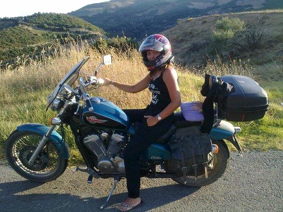 Aris Hotel: Con la nostra moto durante uno spostamento