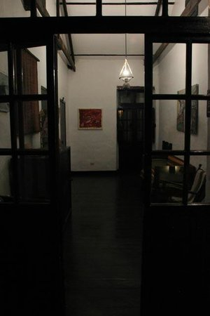 El Albergue Ollantaytambo : second floor guest lobby