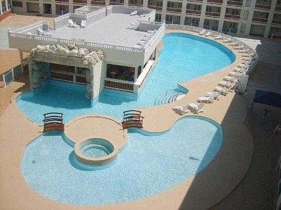 Casa Grande Airport Hotel : Pool View