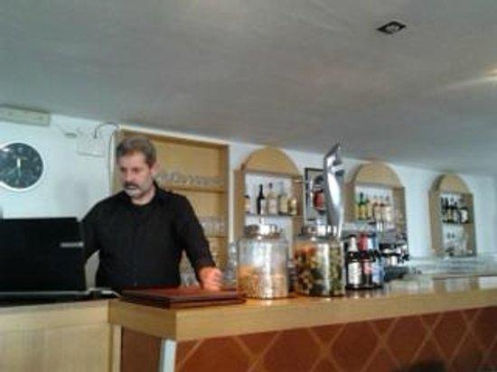 El Retorno: excelente gerente y camarero