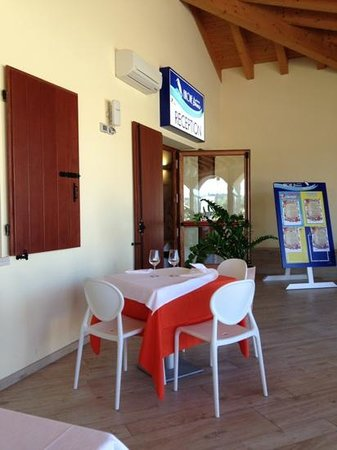 Airone Bianco Restaurant & Pizzeria
